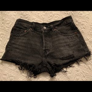Levi's black denim shorts size 26 MINT